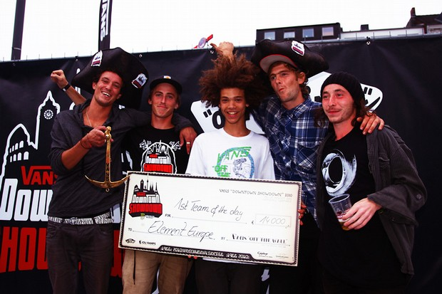 Zwycięzki team Element Europe na Vans European Downtown Showdown 2010