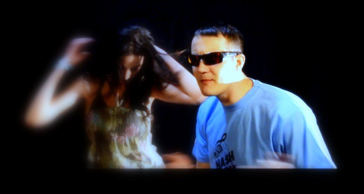 """Teledysk Monilove feat. Bosski Roman """"Na raz"""" /Monilovemusic - 2011/"""