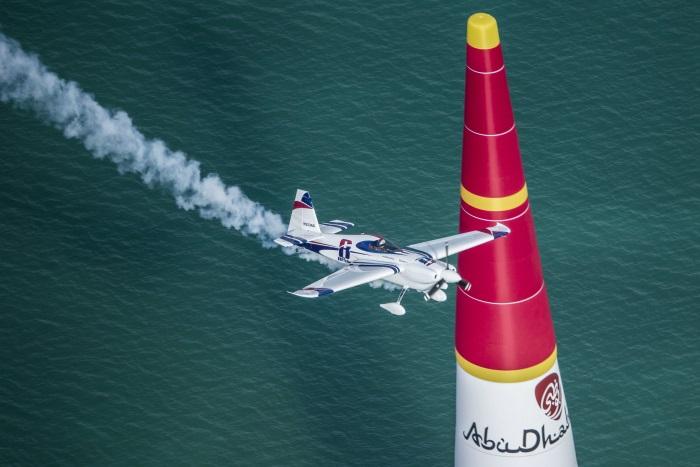 Red Bull Air Race - Abu Dhabi 2014