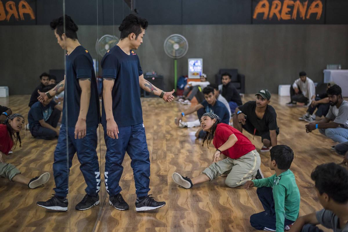 B-Boy Hong10 prowadzi warsztaty na Red Bull BC One