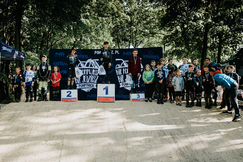 Podium KIDS - 1. S. Niedziela 2. F. Koziołek 3. R. Pańczyk (foto Adam Glosowic)