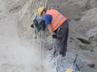 Rozbijanie betonu na Targowej