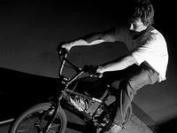 BMX jak Bicycle Moto Cross