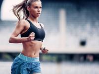 """""""Sportowe"""" życie kosmetyków – jakie są najlepsze dla aktywnych kobiet?"""