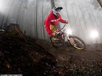 Polak wygrywa Diverse Downhill Contest UCI 2