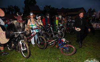 5 nowości na Joy Ride Night Downhill