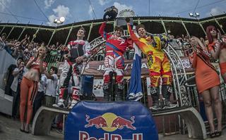 Rinaldo wygrywa w stolicy motosportu