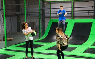 Wkrótce otwarcie największego w Polsce parku trampolin GOjump