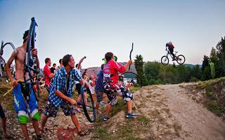Monster Whip Contest i inne atrakcje Diverse Downhill Contest