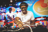 DJ PUFFY - Red Bull Thre3Style World Final 2016 Santiago, Chile